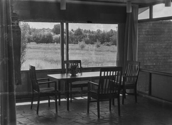 1957-jansz-cres-dining-room